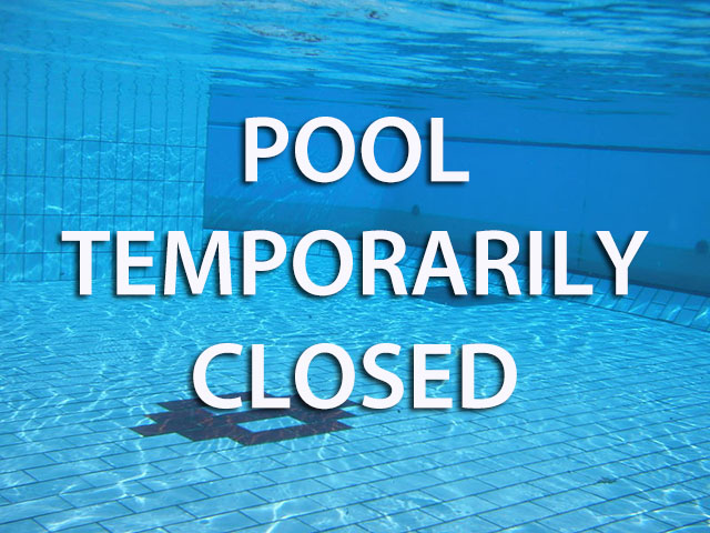 Swimming Pools Closed Style